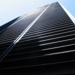 Vetri fotovoltaici che non si impolverano