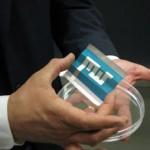 Eni-MIT presentano le celle fotovoltaiche di carta