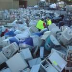 Nuove disposizioni sullo stoccaggio dei rifiuti elettronici: il ritiro spetterà ai commercianti!