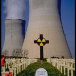 """La propaganda nucleare arriva addirittura in Chiesa: il pontefice """"benedice"""" l'utilizzo dell'energia dell'atomo"""
