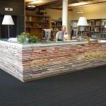 Arriva la scrivania fatta interamente di libri