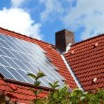 Giappone, pannelli fotovoltaici su ogni tetto entro il 2030