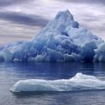 Un nuovo studio sullo scioglimento dei ghiacci avverte che il livello del mare cresce più velocemente di quanto si pensasse