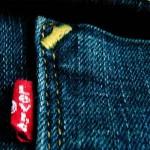 Dalla Levi's arrivano i primi jeans realizzati con bottiglie riciclate