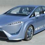 Auto a idrogeno: Toyota svela il primo prototipo