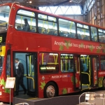 Double-decker, presto a Londra si ricaricheranno tramite wireless